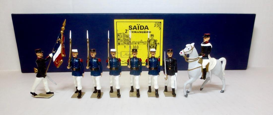 Hiriart Saida Etrangere Set