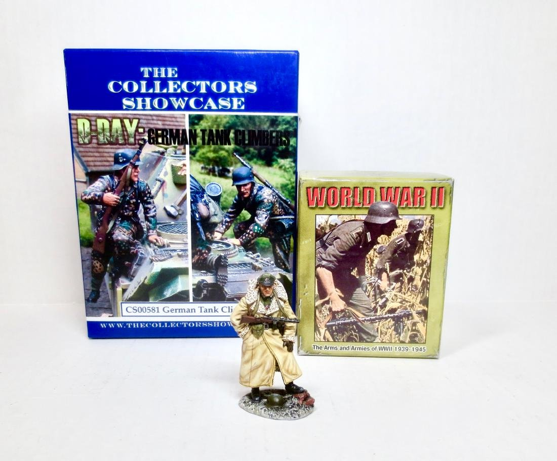 The Collectors Showcase & First Legion WW2