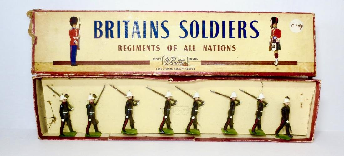 Britains Set #35 Royal Marines Marching at Slope