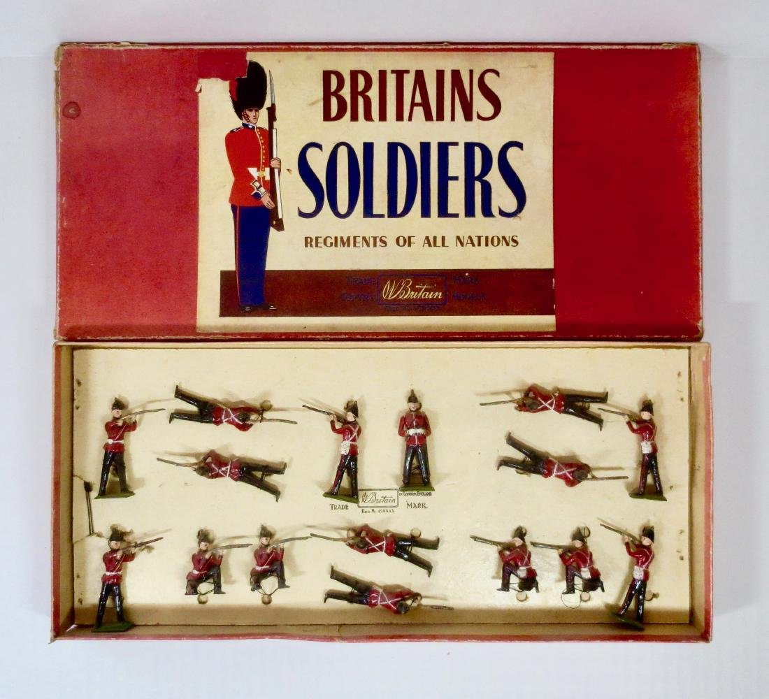 Britains Set #2086 Queen's Royal Regiment