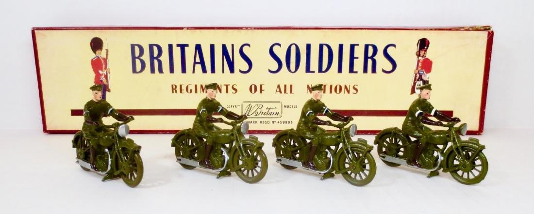 Britains Set #1791 Royal Corps Signal M/C