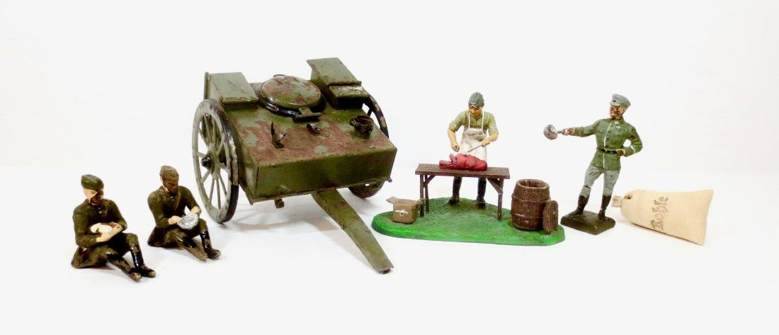 Hausser Field Kitchen with Lineol Soldiers