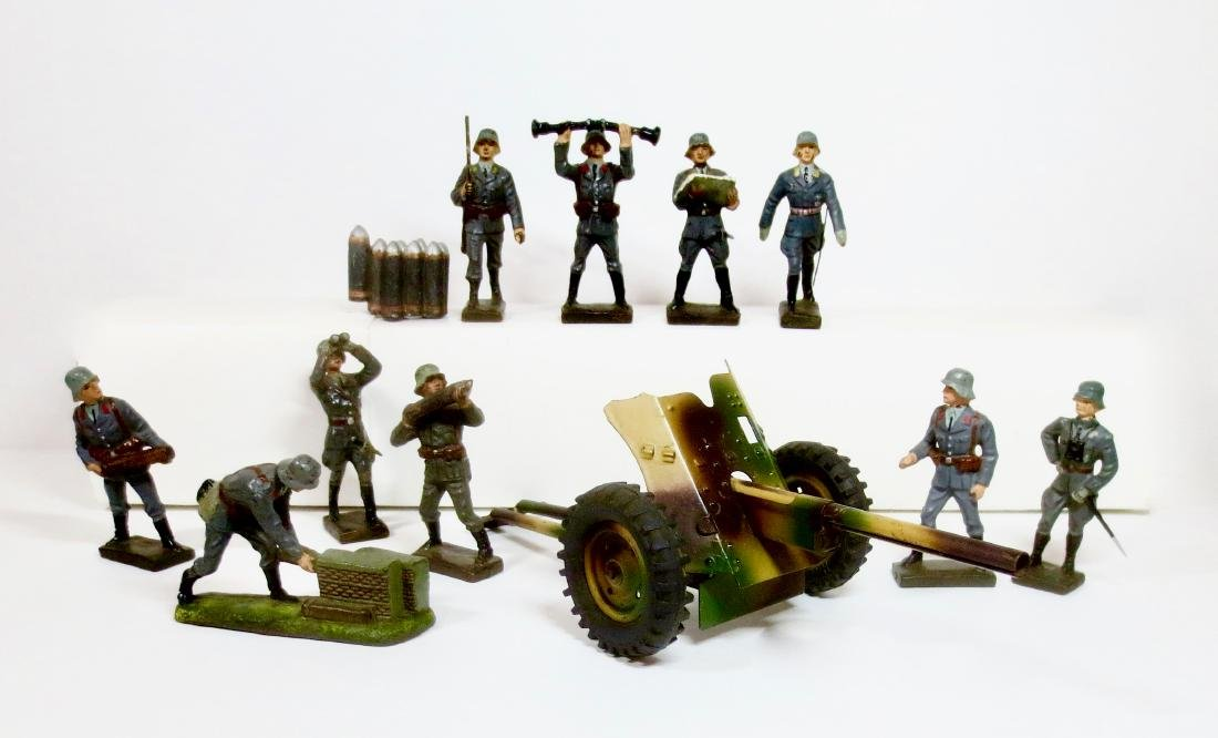 Lineol Composition WW2 German Artillery Asst.