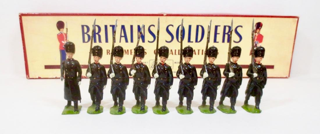 Britains Set #2009 Le Regiment des Grenadiers