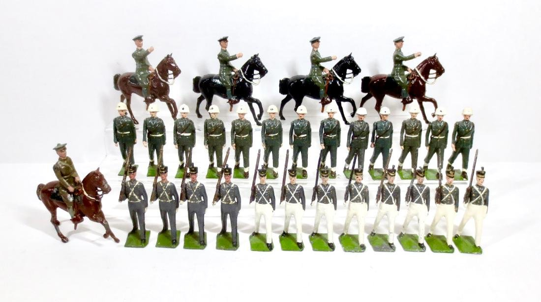 Britains Large Assortment U.S. Troops