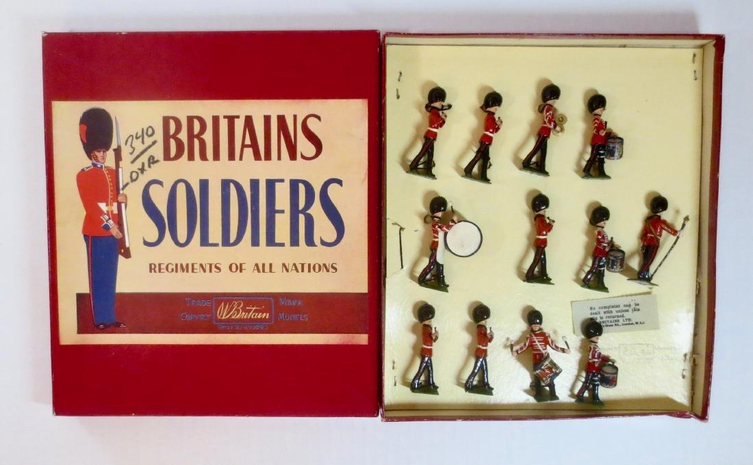 Britains Set #2108 Welsh Guards Drums & Fifes