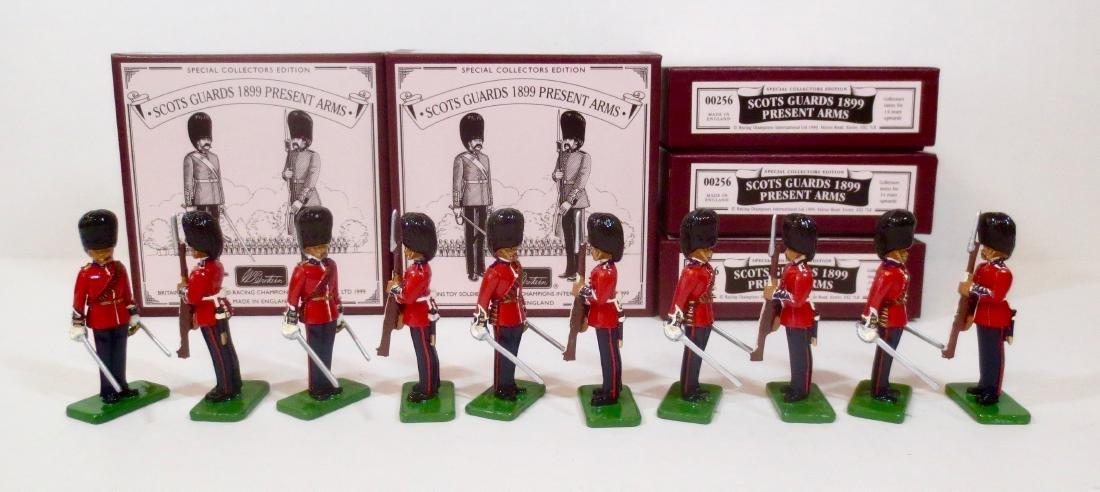 Britains Set #00256 Scots Guards Present Arms