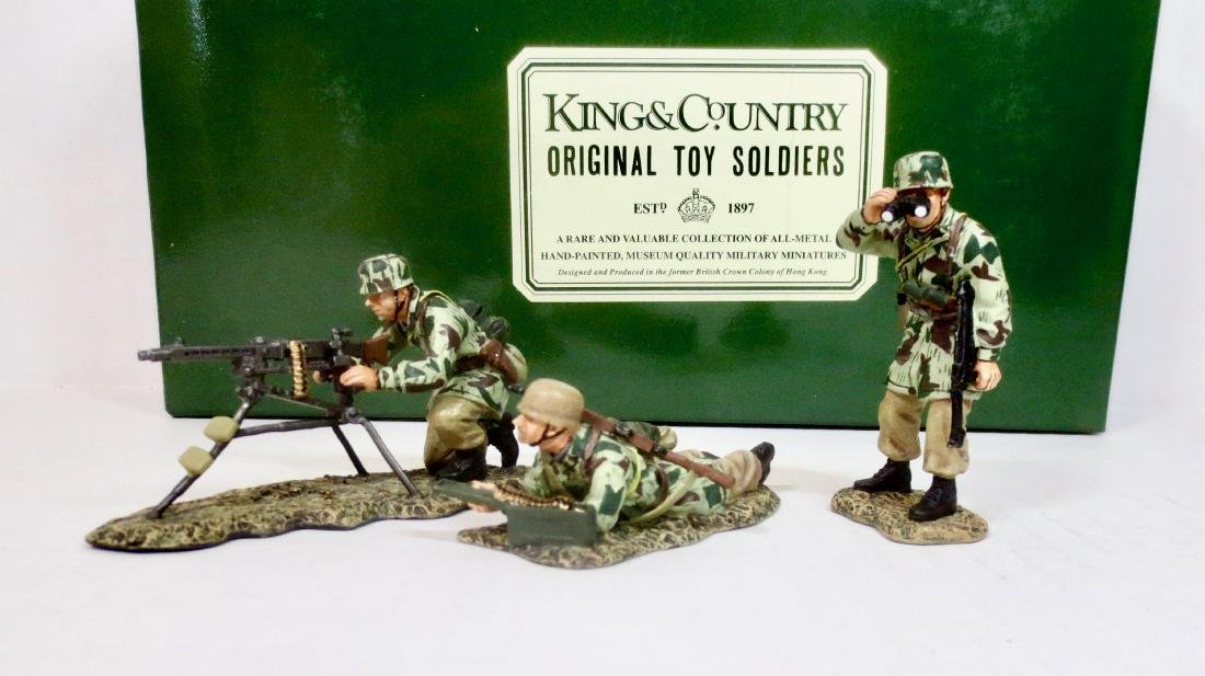 King & Country FJ04 Fallschirmjager Machine Gun