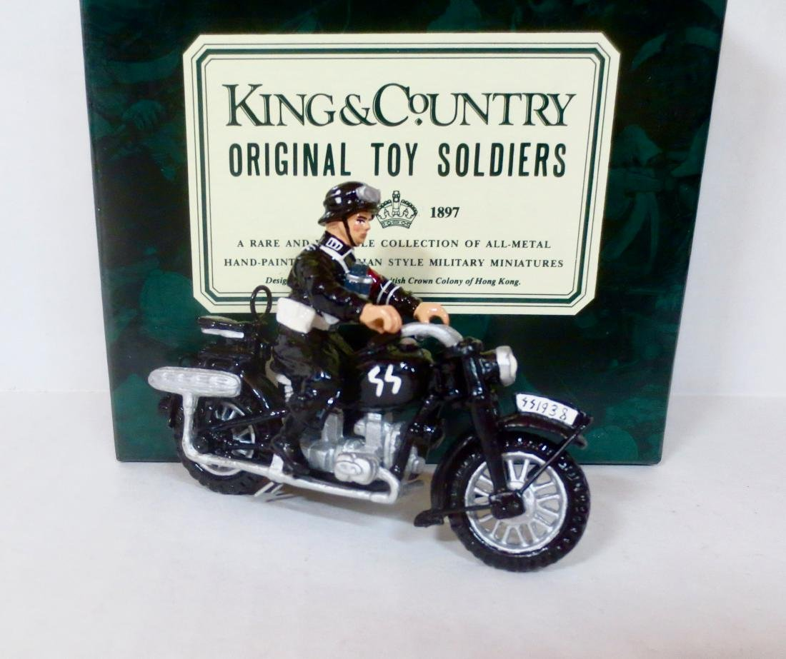 King & Country WW2 German Motorcycle