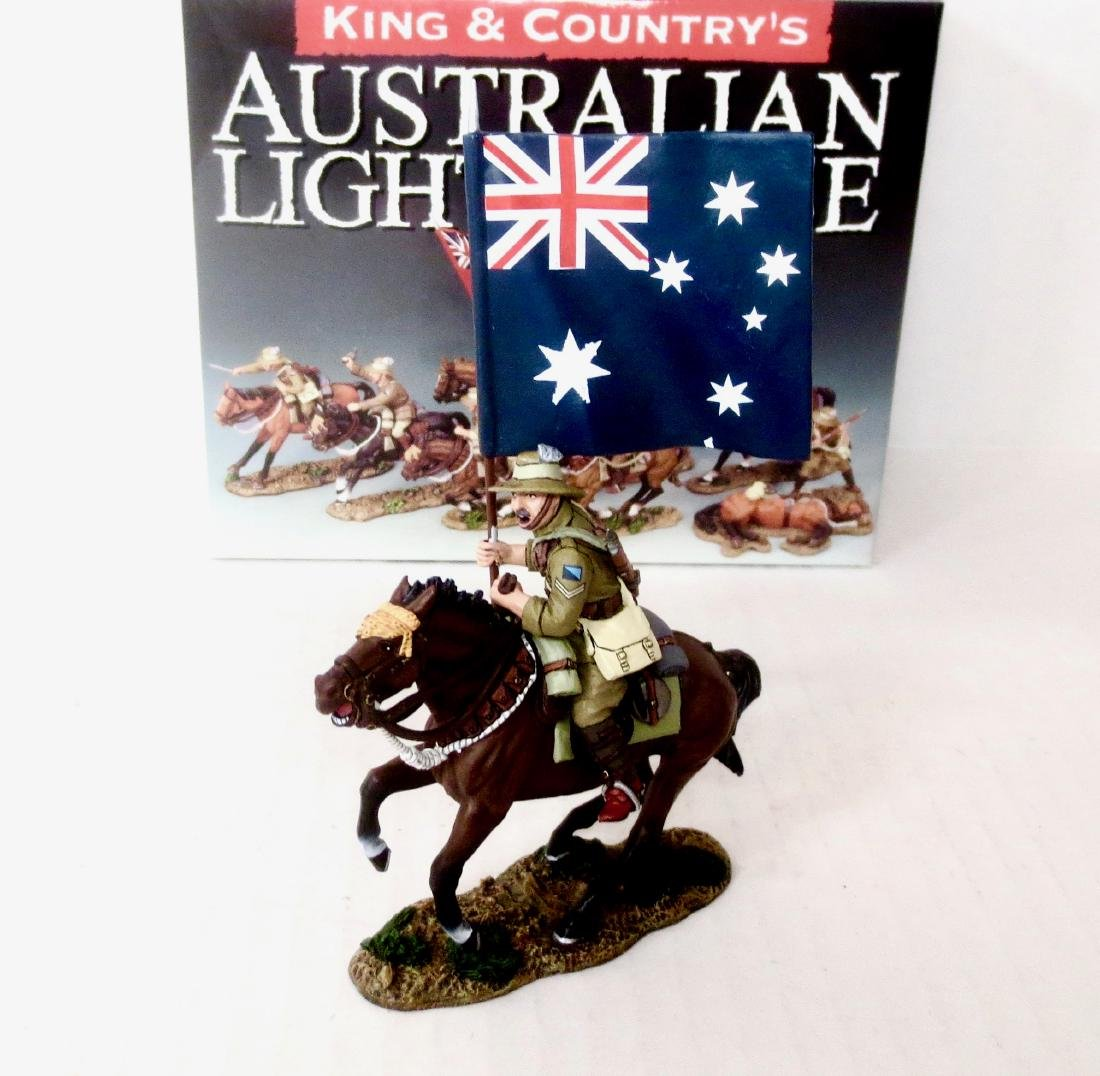 King & Country AL026 Aussie Flag Bearer