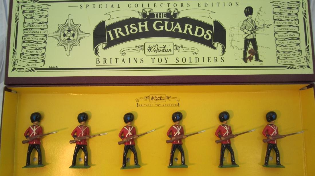 Britains Set #8805 Irish Guards at Ready.