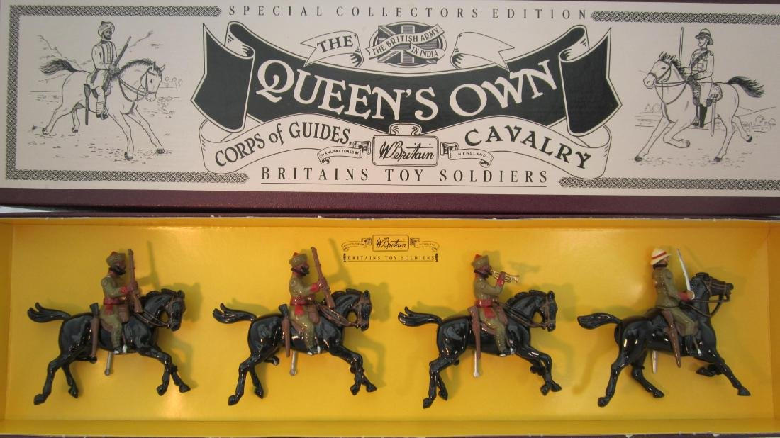 Britains Set #8835 Queens Own Corp of Guides.