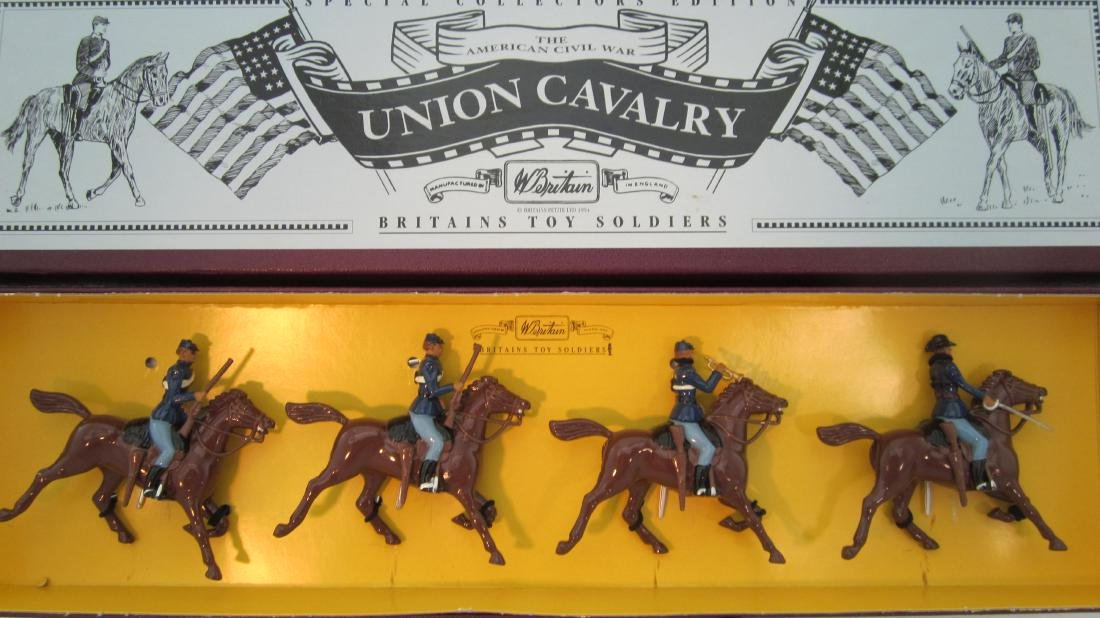 Britains Set #8854 Union Cavalry.