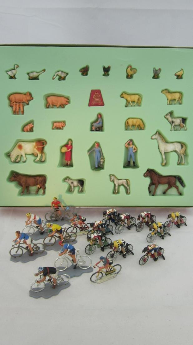 FAO Schwarz Boxed Farm & Medley of Cyclists.
