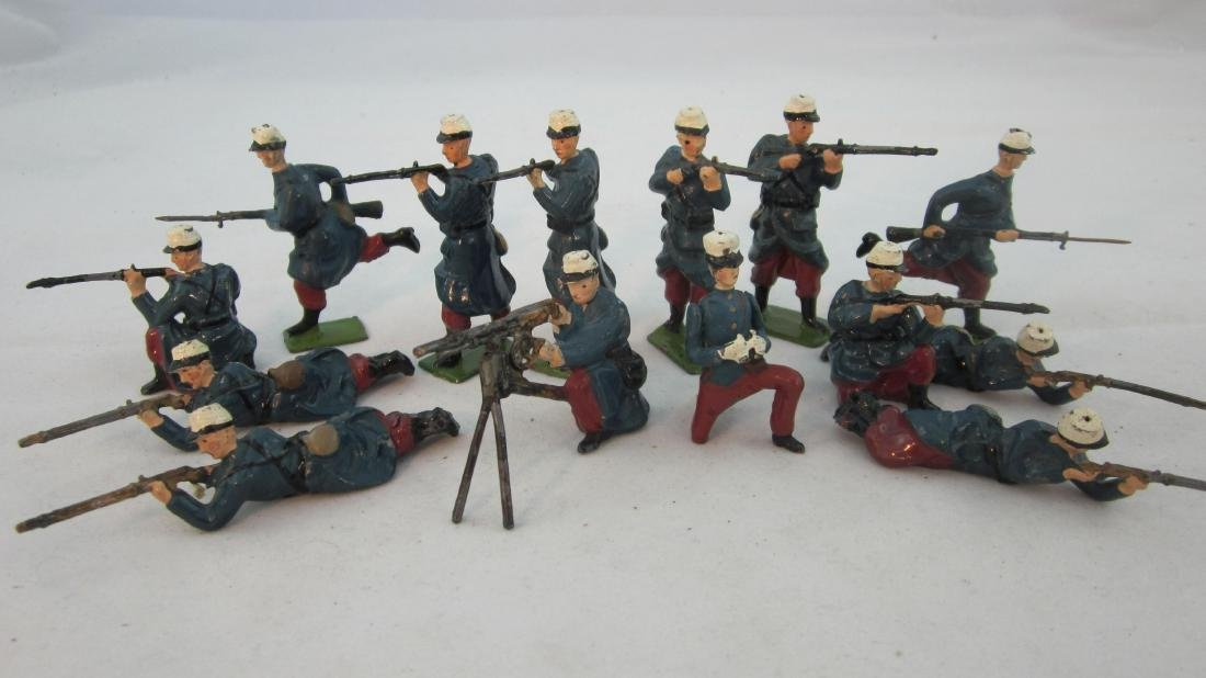 Britains Set #2095 French Foreign Legion Firing.