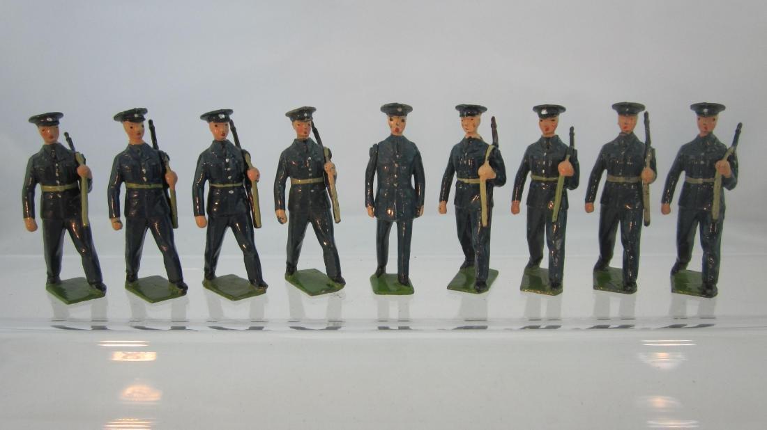 Britains Set #2044 U.S. Air Corp, Slung Rifles.