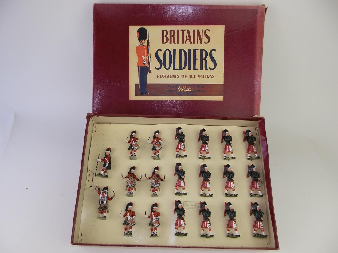 Britains # 9435 Band Highland Pipers Blackwatch