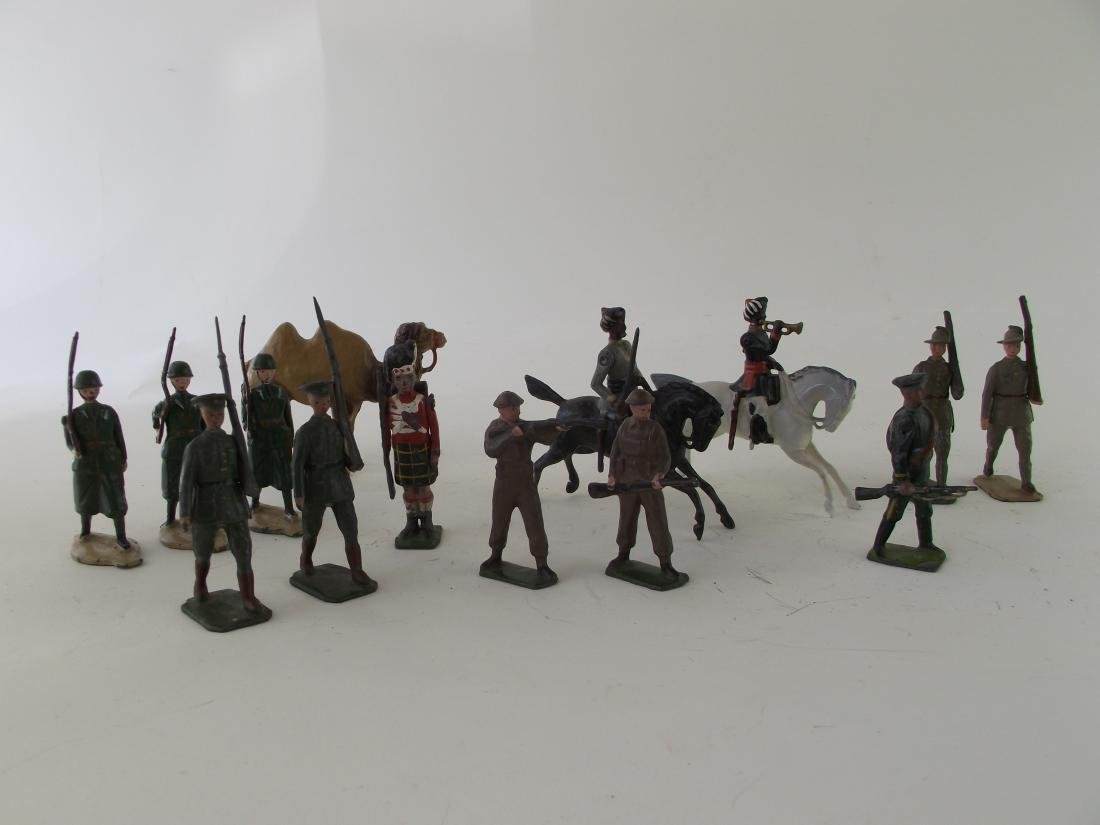 Britains Collection 14 Pieces Post War