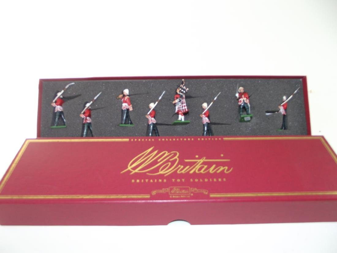 Britains #00126 Royal Scots Marching