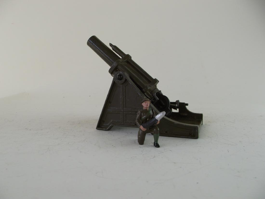 """Britains #1265 18"""" Heavy Howitzer"""