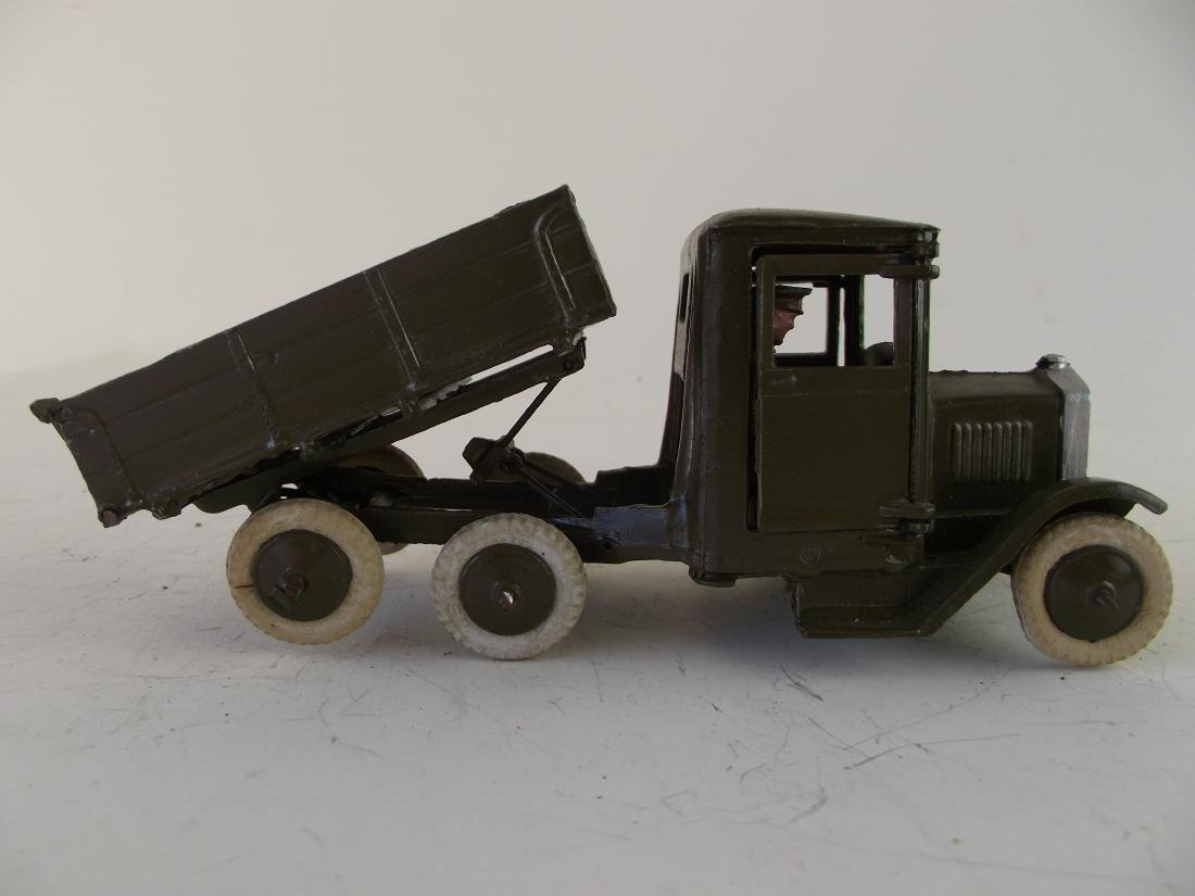 Britains #1334  Army Lorrie W Driver Tipping