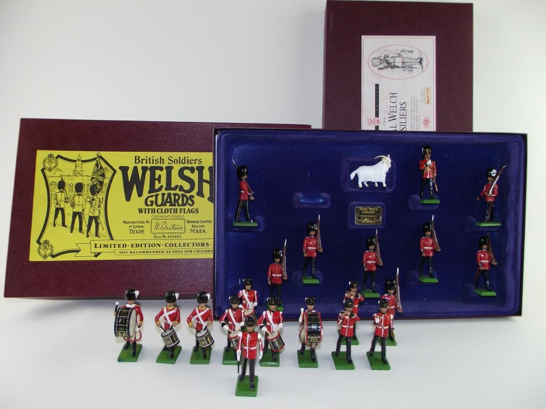 Britains #5191 & #5186 Fusiliers & Welsh Guards