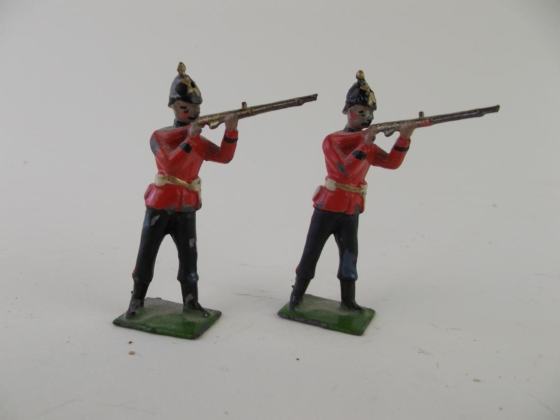 Britains Queen's RW Surrey Regt. from Set No. 121