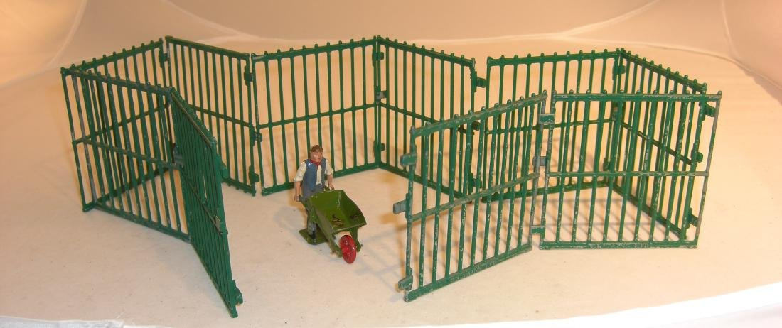 Britains Zoo Fences