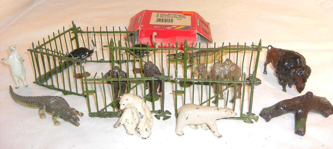 Britains Zoo Fence And Animals
