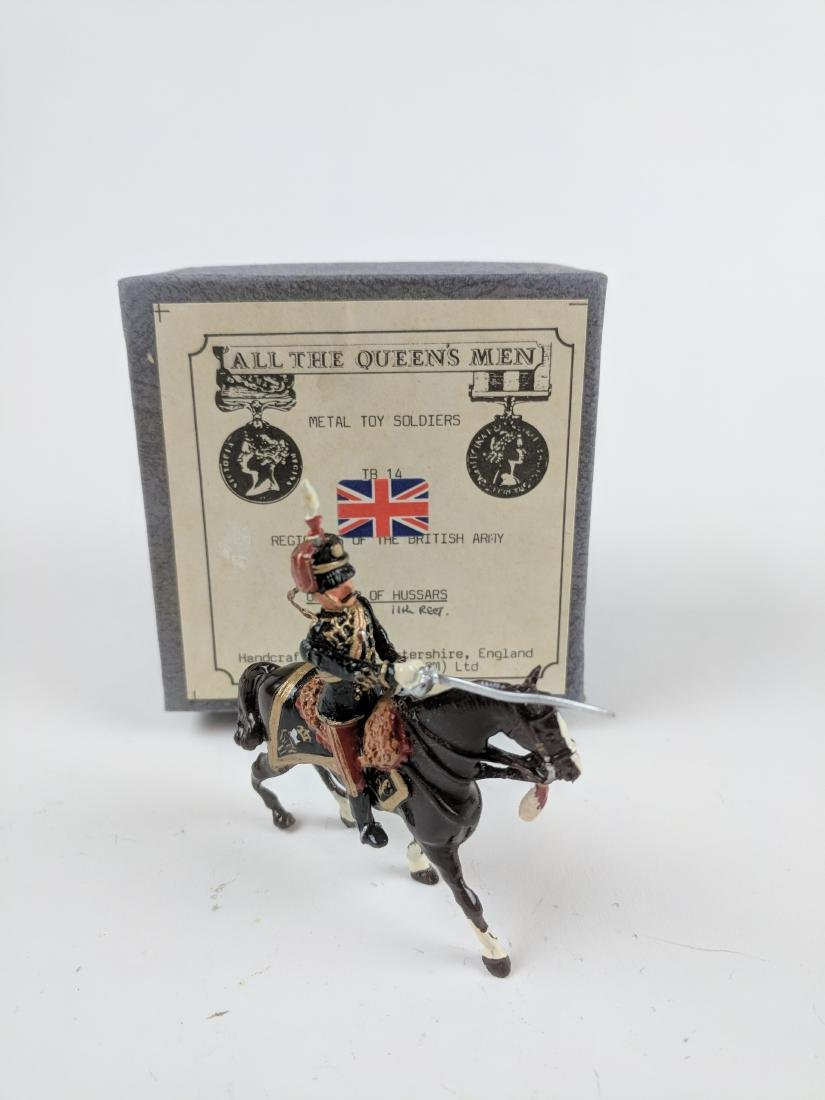 AQM TB14  11th Hussars Officer