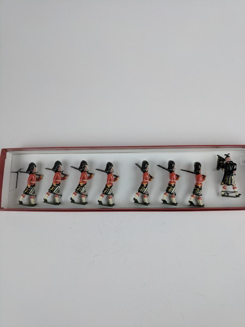 Britains Set 77 Gordon Highlanders Pre War