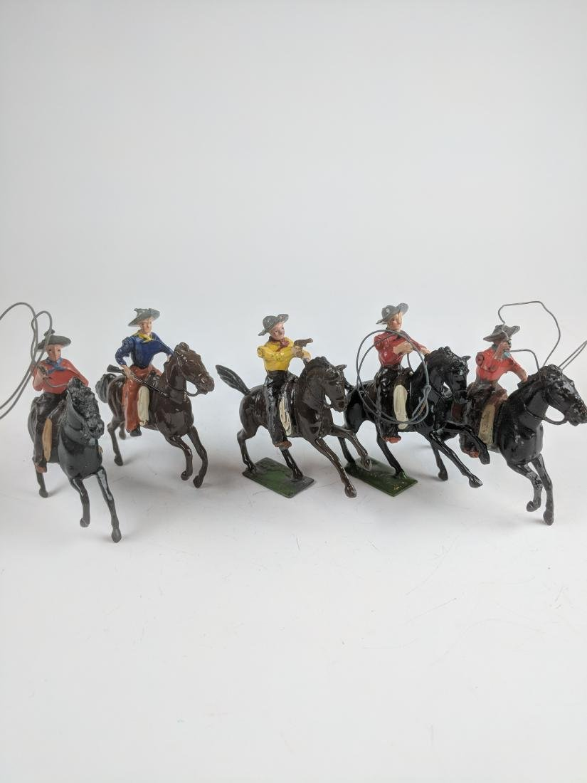 Britains Mounted Cowboys