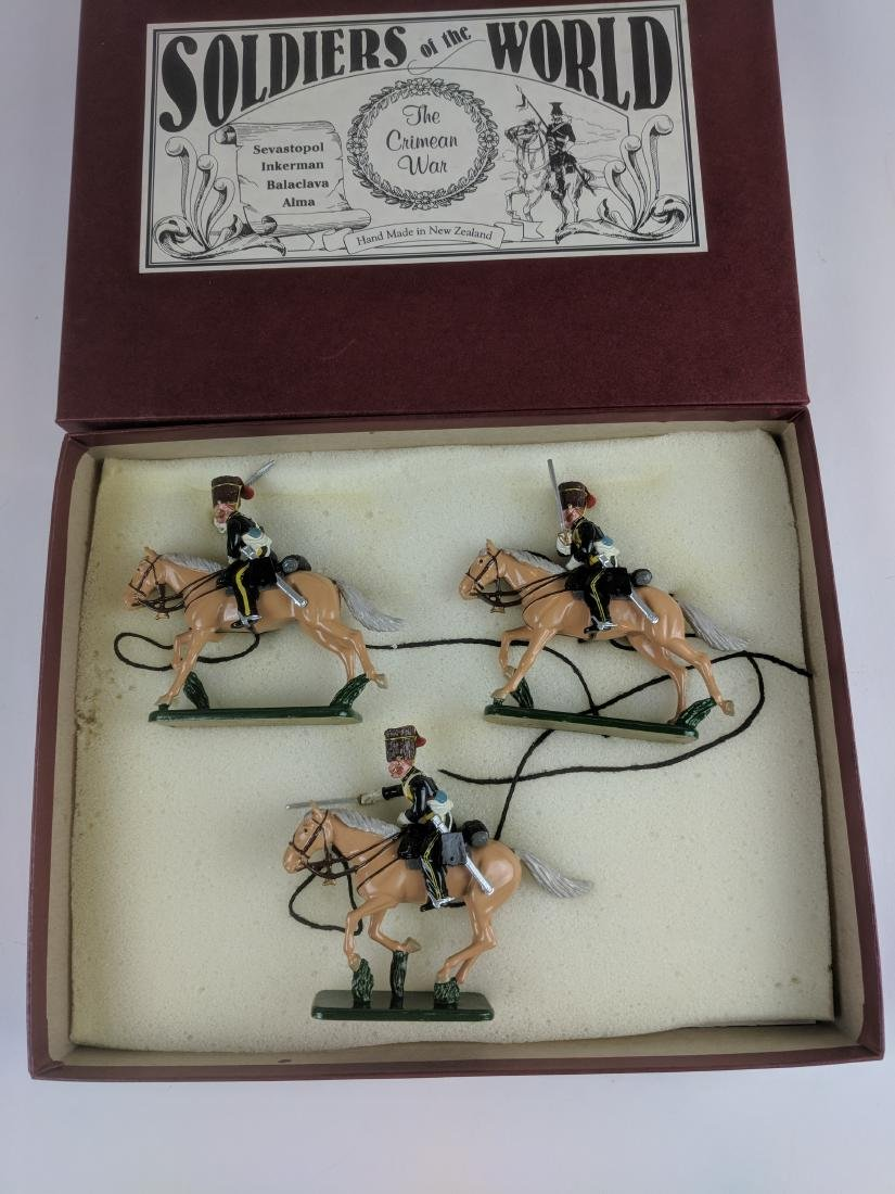 Soldiers Of The World CW10 8h Hussar 1854