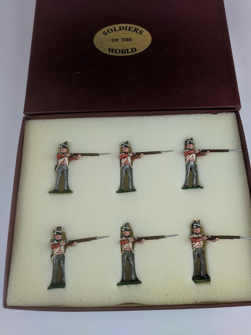 Soldiers Of The World BN2 British Standing Firing
