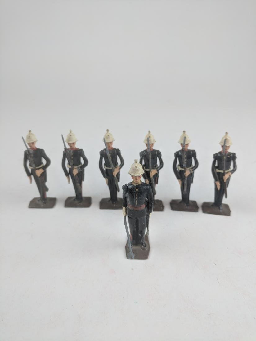 Britains Set #2071 Royal Marines Present Arms