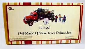 Britains First Gear Set 19-3580 1949 Mack LJ
