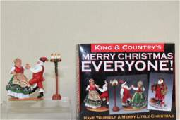King And Country Mr And Mrs Claus Having Fun