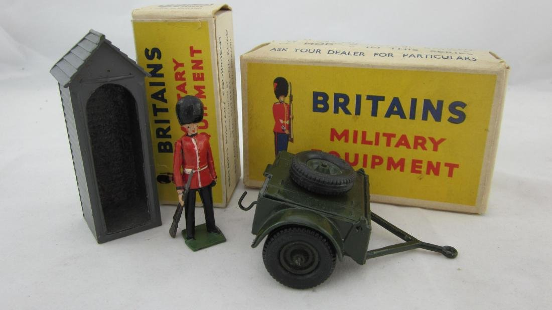 Britains Sentry Box With Sentry & Ammo Limber.