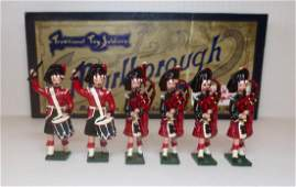 Marlborough M10 Black Watch Pipes  Drums
