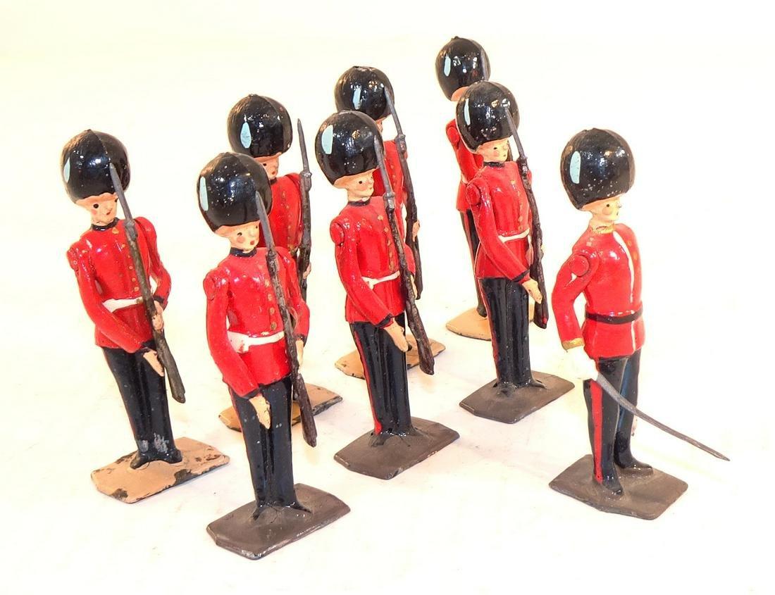 Britains Set #2078 Irish Guards at Present