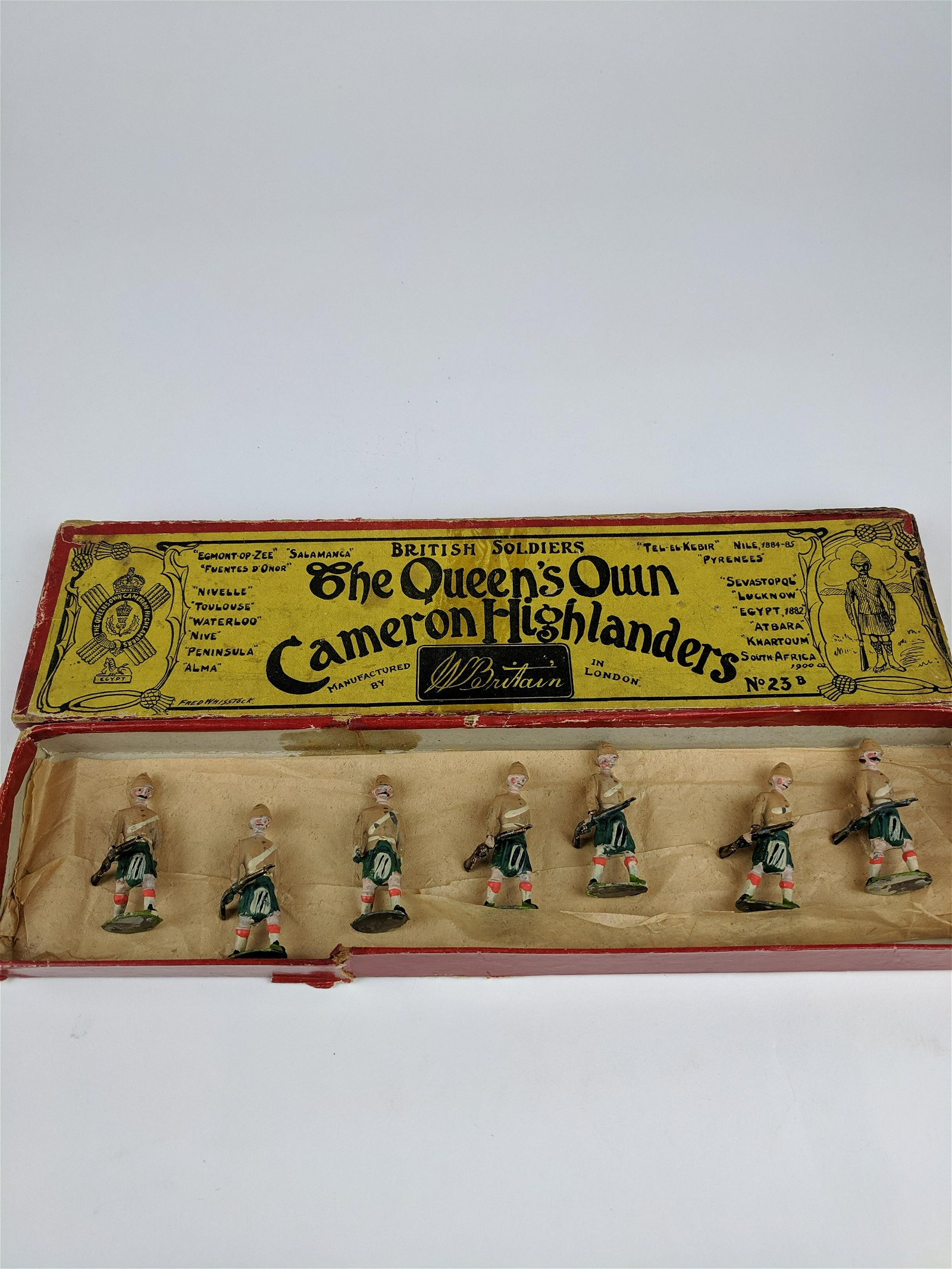 Britains #23b Queens Own Cameron Early Set