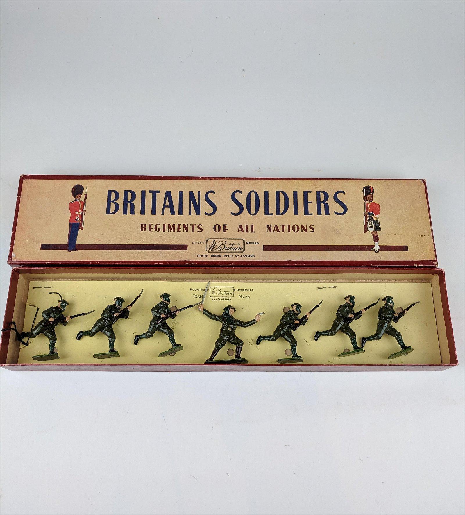 Britains #1613 British Infantry In Action