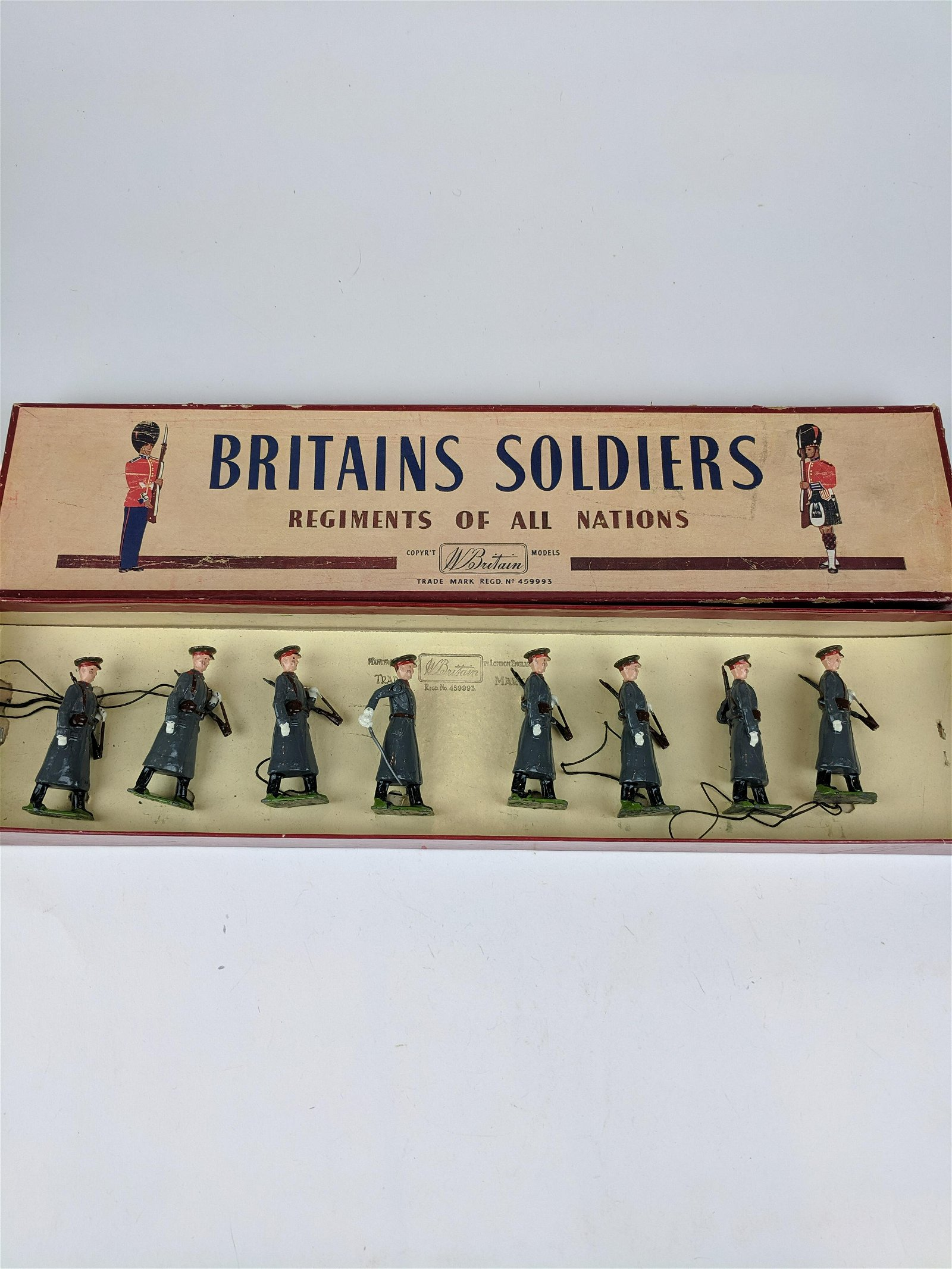 Britains #2027 Red Army Guards