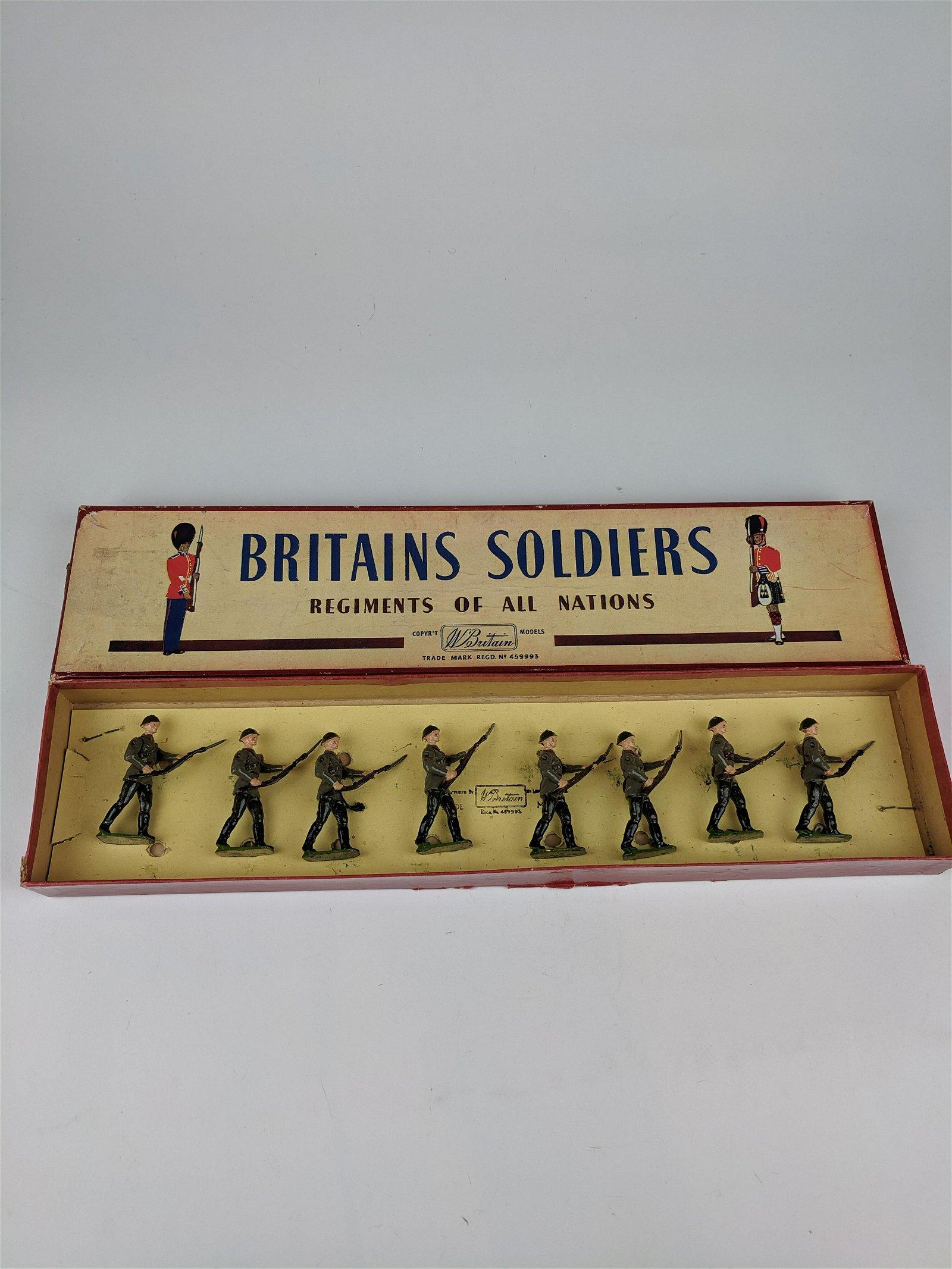 Britains #2032 Soviet Army Infantry