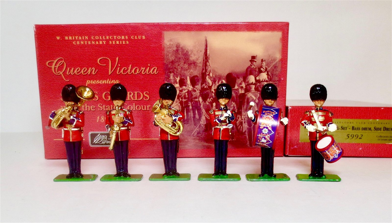 Britains Scots Guards with the State Colours