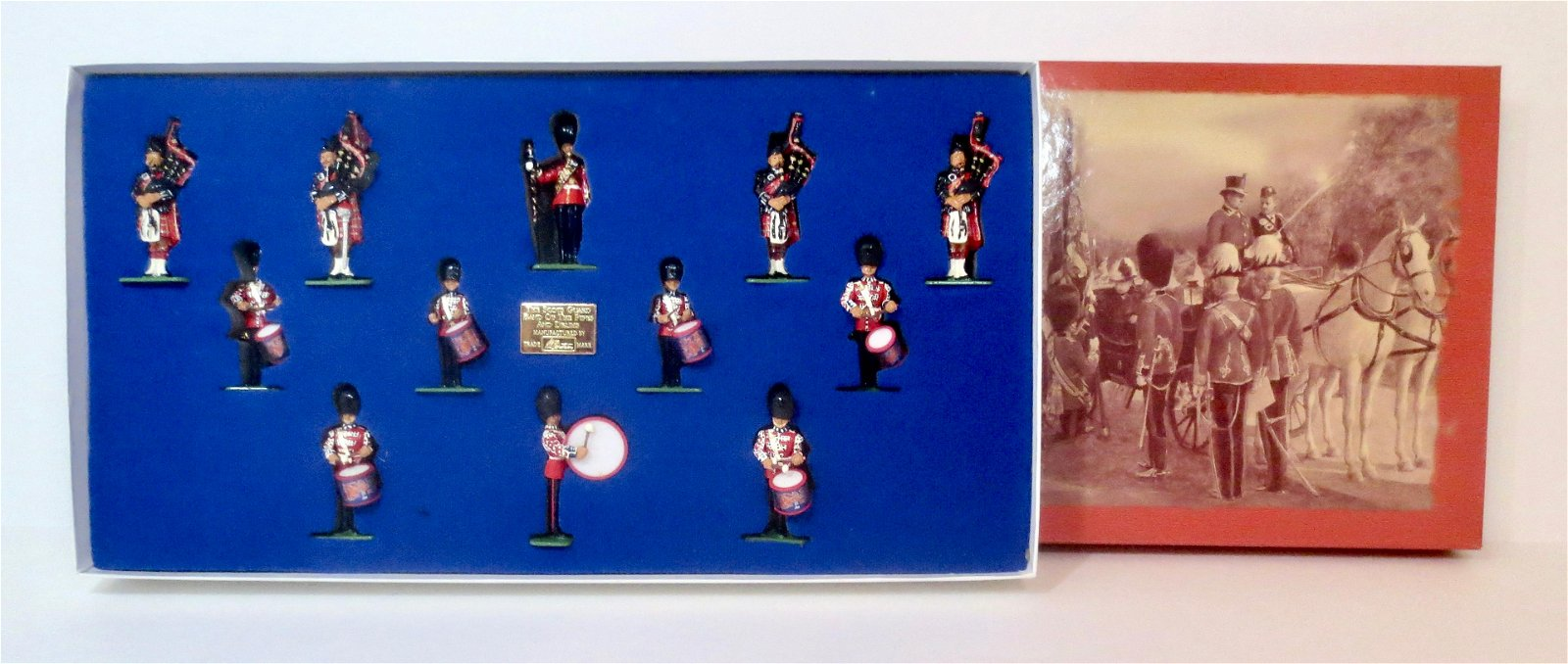 Britains #00214 Scots Guards Pipes & Drums Band