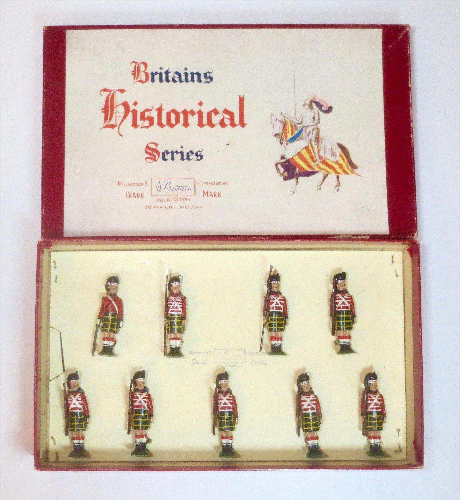 Britains #1519 Waterloo Highlanders with Muskets