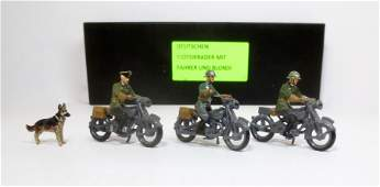 Hiriart WW2 German Motorcycle Corps with Dog