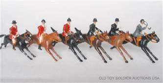 340 Britains Mounted Hunt 610 and 611 Huntsmen