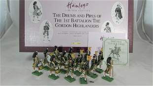 Britains Set #00028 Gordon Pipes and Drums